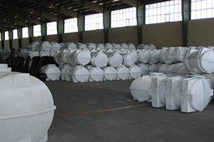 ۱۳ 300x200 - فروش مخزن آب پلی اتیلن