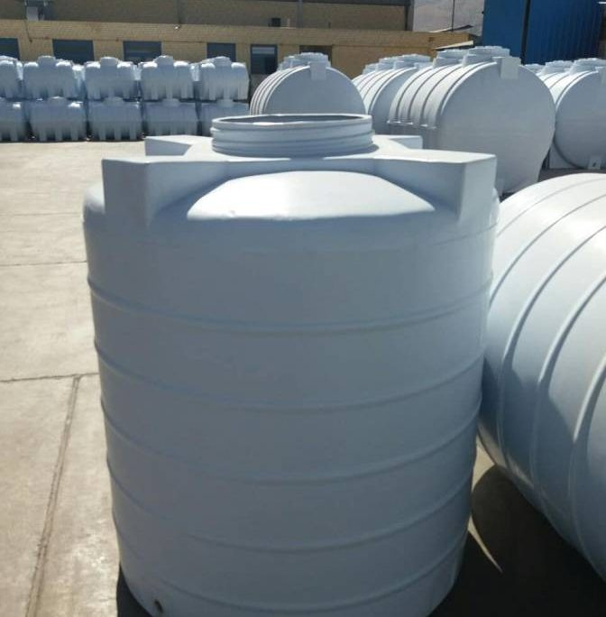 آب سفید رنگ ساوه 1 672x684 - آیا مخزن آب پلی اتیلن ساوه گزینه خوبی است ؟